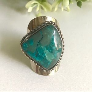 Handcrafted Peruvian Green Adjustable Ring